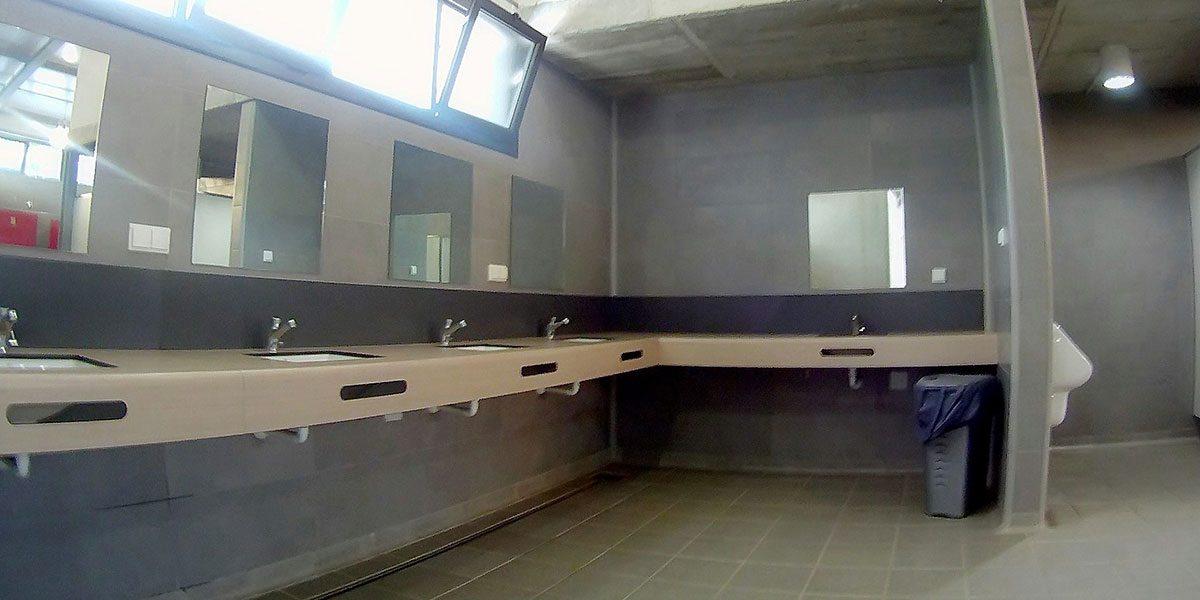 Los baños por dentro